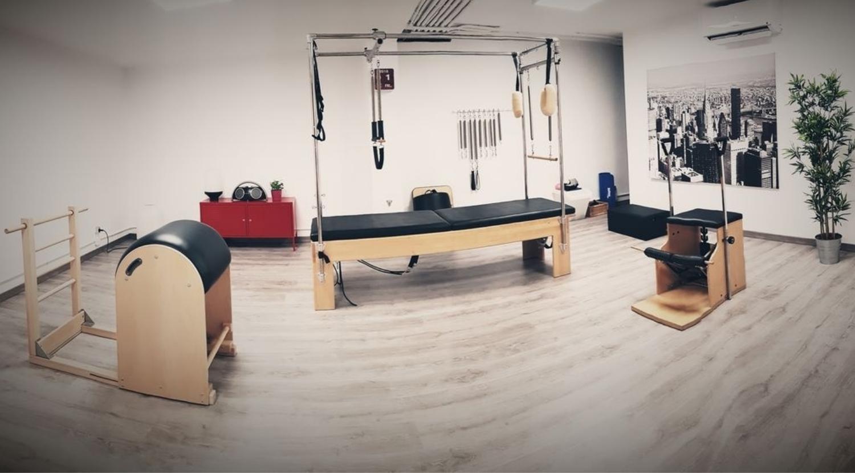 Vista panorámica del estudio de pilates en Marbella Pilates One2One